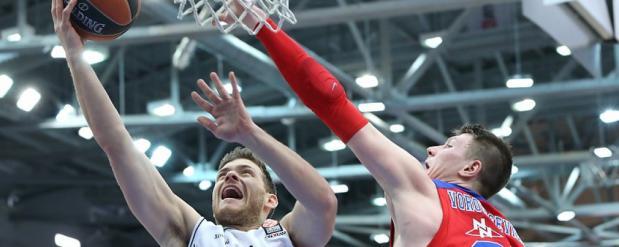 «Нижний Новгород» в третий раз подряд уступил ЦСКА