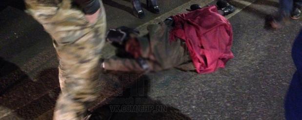 В Нижнем Новгороде иномарка сбила девушку неподалеку от ночного клуба