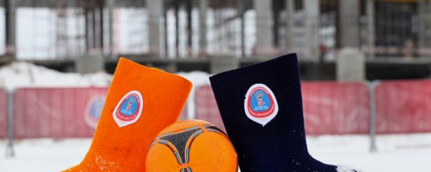 Иностранные студенты обыграли нижегородских журналистов в футбол в валенках